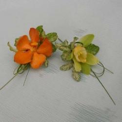 Flowers to wear (13)