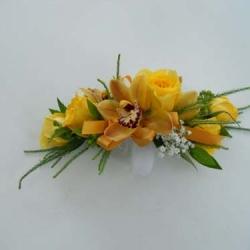Flowers to wear (17)