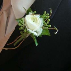 Flowers to wear (18)